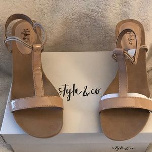 Nude patent wedge sandals